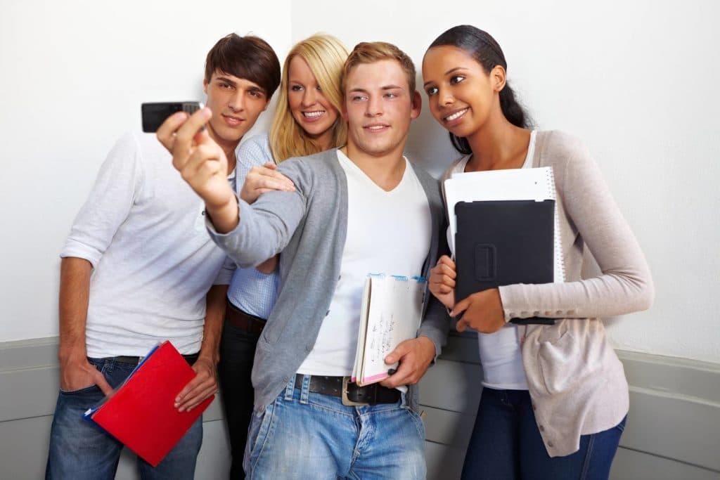 留学と就活は両立可能?〜無理のない就活計画を立てる方法とは?〜