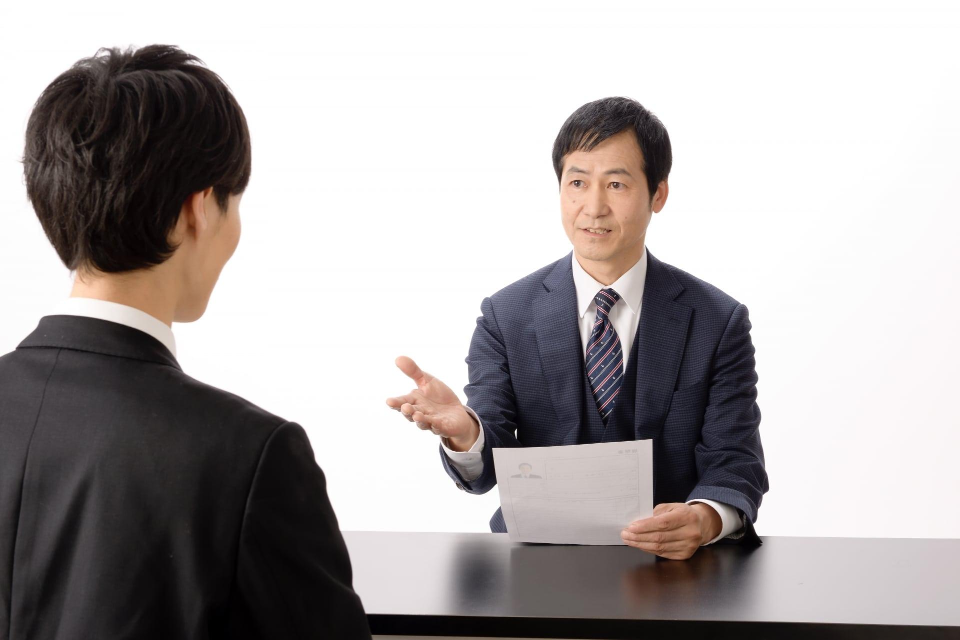 就活生に聞いた就職ではなく留年を選んだ理由